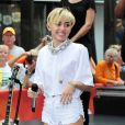 """Miley Cyrus s'est produite sur le plateau de l'emission TV """"Today"""" au Rockfeller Center a New York. Le 7 octobre 2013"""