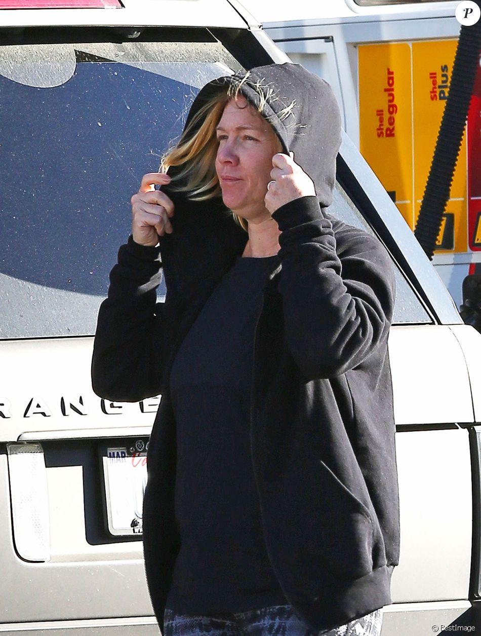 Jennie Garth dans les rues de Studio City, le 24 février 2017