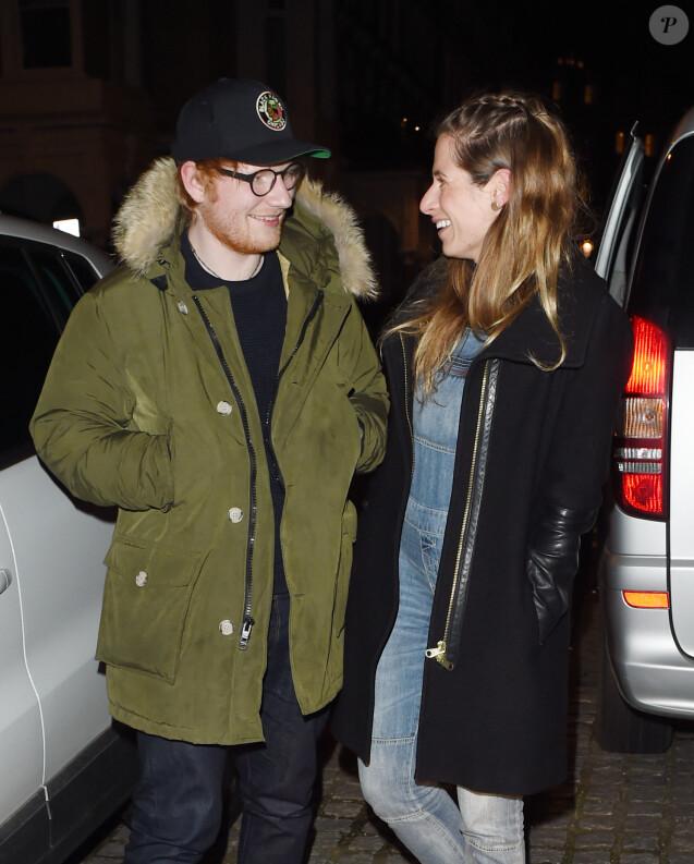 Ed Sheeran et sa compagne Cherry Seaborn sont allés dîner dans une pizzeria dans le quartier du Mayfair à Londres le 3 mars 2017.