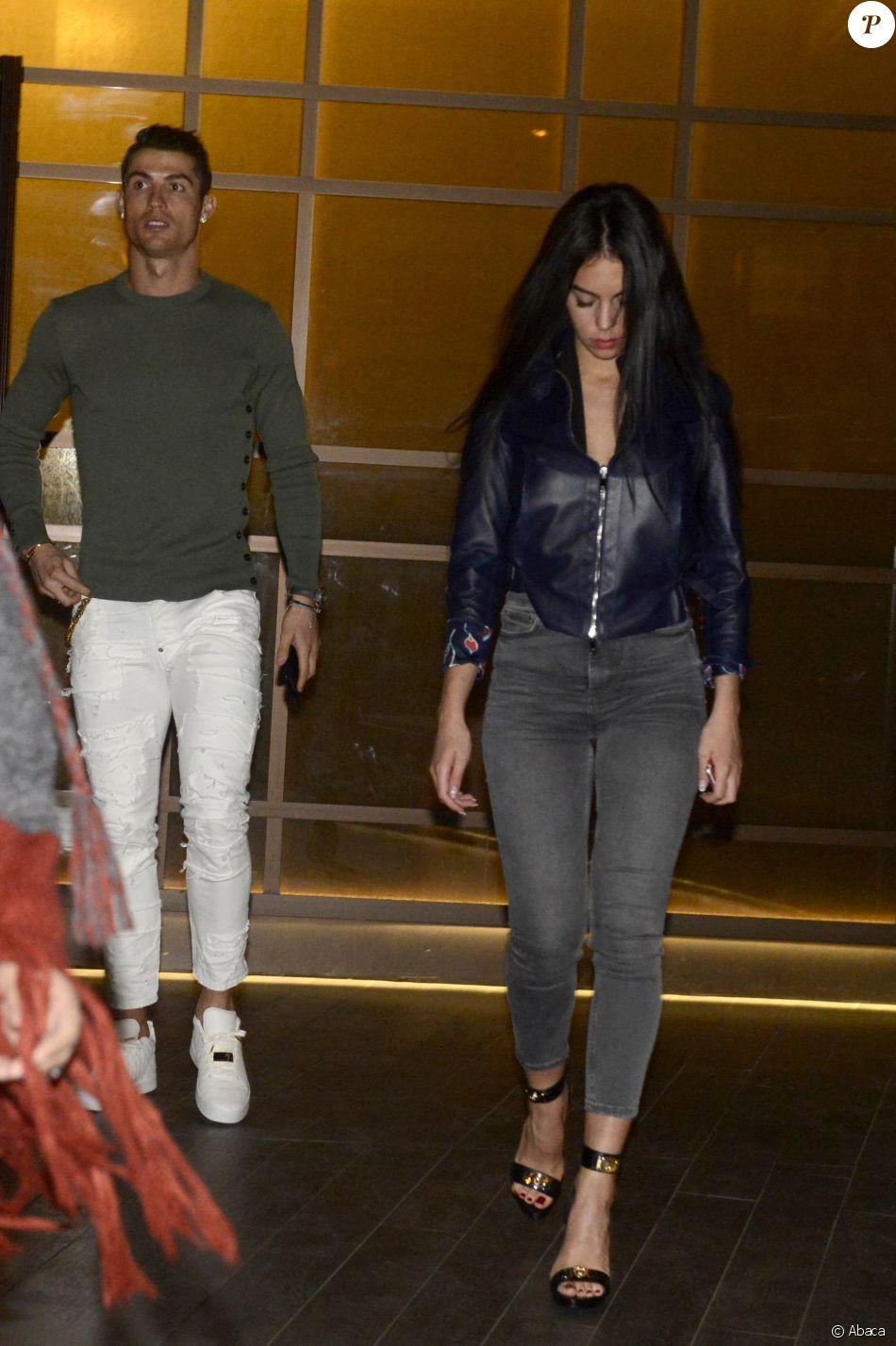 Cristiano Ronaldo et Georgina Rodriguez de sortie pour le dîner, le 8 mars 2017 à Madrid.
