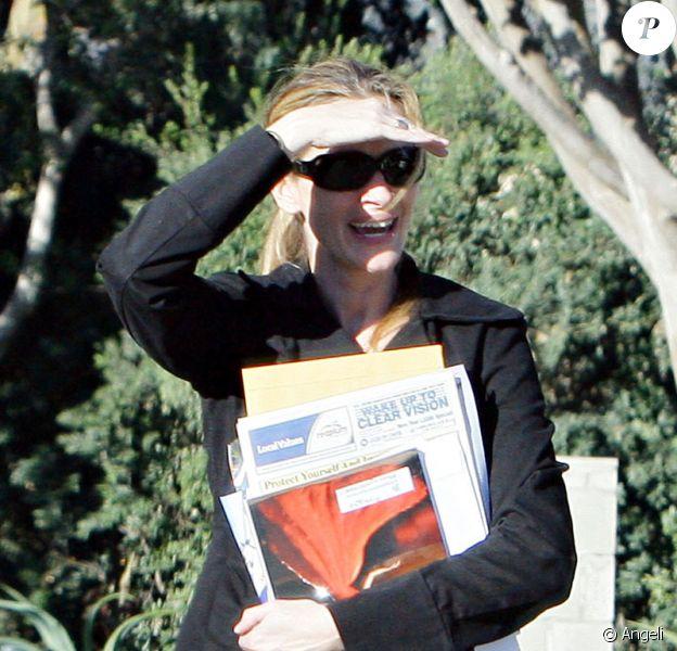 Julia Roberts va chercher son magazine préféré Harper's Bazaar Magazine