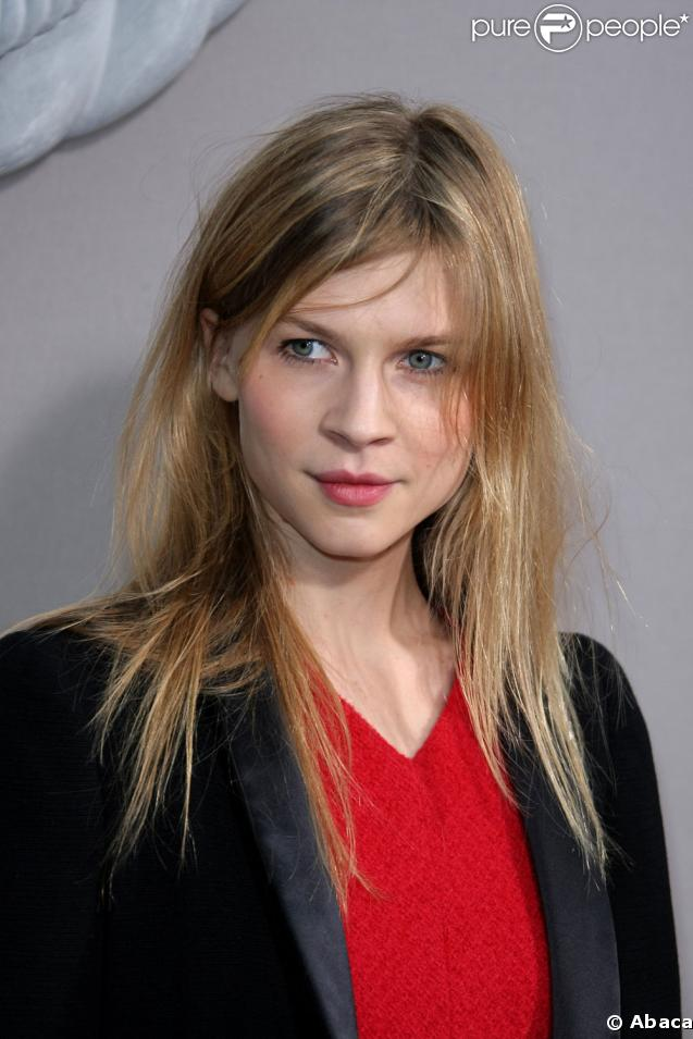 http://static1.purepeople.com/articles/1/22/86/1/@/157325-clemence-poesy-637x0-4.jpg