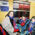 Ségolène Royal, avec ses deux fils, Thomas et Julien à l'inauguration du Stade de France en mars 1997.