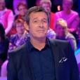 """Jean-Luc Reichmann dans """"Les 12 Coups de midi"""", le 3 avril 2017 sur TF1."""