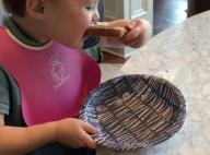 Kelly Clarkson : Sa fille mange du Nutella pour la 1ere fois et c'est trop chou