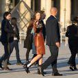 Miranda Kerr et son compagnon Evan Spiegel arrivant au Grand Dîner Privé Louis Vuitton à la Pyramide du Louvre à Paris, le 11 avril 2017.