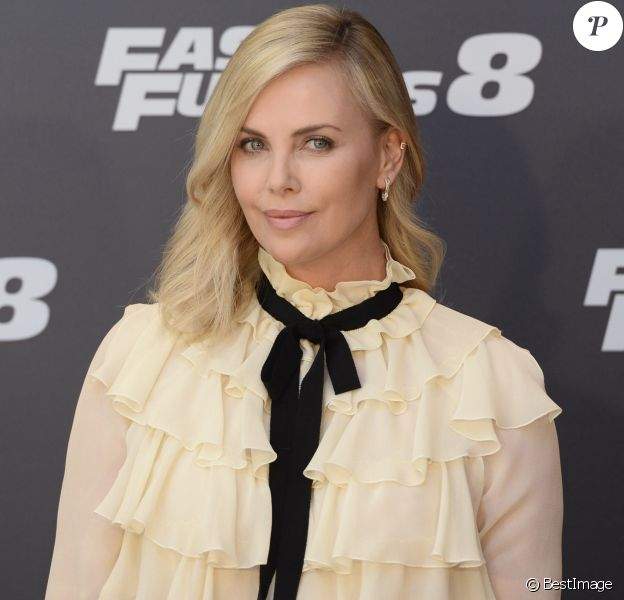 """Charlize Theron - Photocall du film """"Fast and Furious 8"""" à Madrid. Le 6 avril 2017"""