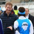 Le prince Harry participe à la journée caritative de ''Heads Together'' au siège du Virgin Money à Newcastle, le 21 février 2017.
