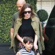 Miranda Kerr à la sortie du dermatologue Epione avec son fils Flynn Bloom à Los Angeles, le 7 avril 2017