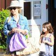 Sarah Michelle Gellar va déjeuner avec sa fille Charlotte à Brentwood, le 18 juin 2015.