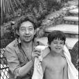 Serge et Charlotte Gainsbourg à Saint-Tropez en 1977