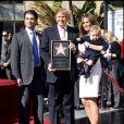 Donald Trump, son épouse Melania et ses deux fils Donald Jr et Barron à Hollywood. Janvier 2007.