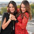 Brie Bella et Nikki Bella, les Bella Twins de la WWE, en promotion à Paris en octobre 2015 pour leur émission Total Divas.