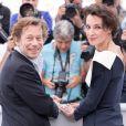 """Mathieu Amalric et Jeanne Balibar au photocall de """"Barbara"""" lors du 70ème Festival International du Film de Cannes, le 18 mai 2017. © Borde-Jacovides-Moreau/Bestimage"""