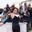 """Jeanne Balibar au photocall de """"Barbara"""" lors du 70ème Festival International du Film de Cannes, le 18 mai 2017. © Borde-Jacovides-Moreau/Bestimage"""