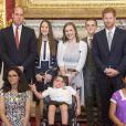 """Le prince William, duc de Cambridge et le prince Harry lors de la remise des prix du """"The Diana award"""" à Londres le 18 mai 2017"""