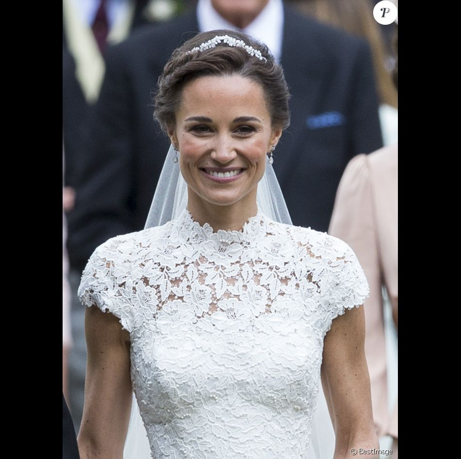 pippa middleton mariage de pippa middleton et james matthews en l 39 glise st mark. Black Bedroom Furniture Sets. Home Design Ideas