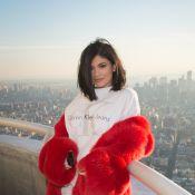Kylie Jenner : Petite lingerie et piercing au téton, elle met le paquet