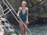 Anja Rubik : Sexy à Cannes, en maillot de bain ou robe de créateur