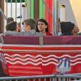 Exclusif - Blanket Jackson (le fils de Michael Jackson) se promène avec des amis sur la jetée de Santa Monica à Santa Monica, le 26 mai 2016