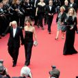 """Gérard Jugnot et sa compagne Patricia Campi - Montée des marches du film """"Twin Peaks"""" lors du 70ème Festival International du Film de Cannes. Le 25 mai 2017. © Borde-Jacovides-Moreau/Bestimage"""