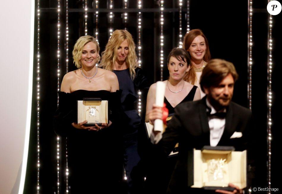 Diane Kruger (Prix d'Interprétation féminine pour le film «In The Fade»), Sandrine Kiberlain, Léonor Serraille (Prix Caméra d'Or pour le film « Jeune Fille »), Lætitia Dosch, Ruben Ostlund (Palme d'Or pour le film «The Square») - Cérémonie de clôture du 70ème Festival International du Film de Cannes. Le 28 mai 2017. © Borde-Jacovides-Moreau / Bestimage  Closing ceremony of the 70th Cannes International Film festival. On may 28th 201728/05/2017 - Cannes