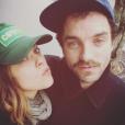 Alysson Paradis et Guillaume Gouix, amoureux et complices sur une photo publiée sur Instagram en mars 2017.