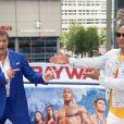 David Hasselhoff et Dwayne Johnson - Photocall de 'Baywatch' au Sony Center à Berlin, le 30 mai 2017