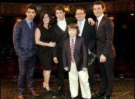 Kevin Jonas Sr. : Atteint du cancer du colon, ses enfants le soutiennent !