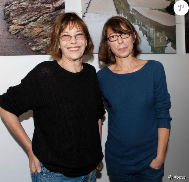 Jane Birkin à l'inauguration de l'exposition de sa fille Kate Barry à Dinard le 5 octobre 2012