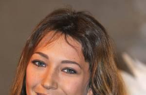 Laura Smet, sublime, joue la transparence... pour Chanel !