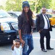 Ciara et son fils Future dans les rues de New York, le 12 août 2015.