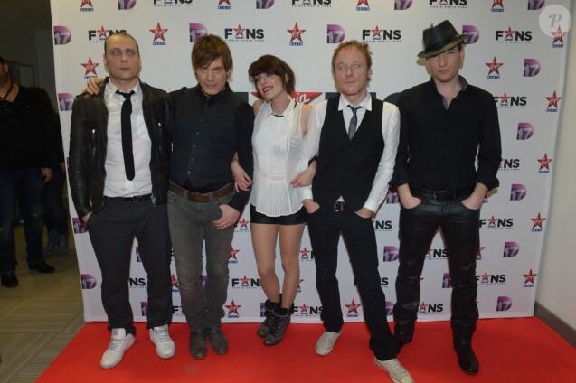 Superbus et leur meilleur fan lors de la soiree Virgin Radio Fans, a Paris, le 8 decembre 2012
