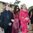 Adam Shulman, Anne Hathaway et Emily Blunt - Les invités arrivent au mariage de Jessica Chastain et de Gian Luca Passi de Preposulo à la Villa Tiepolo Passi à Trévise en Italie le 10 juin 2017.