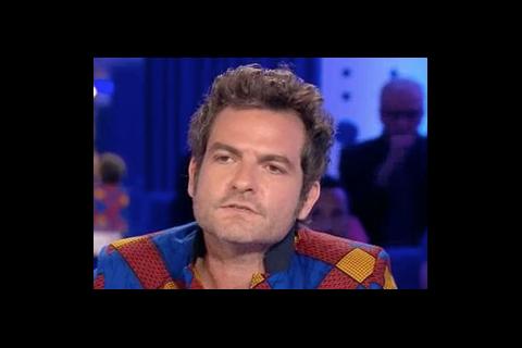 """Matthieu Chedid, son enfance : """"Un garçon un peu en surpoids, complexé"""""""