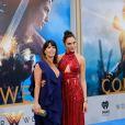 Patty Jenkins et Gal Gadot à la première de 'Wonder Woman' au théâtre Pantages à Hollywood, le 25 mai 2017 © Chris Delmas/Bestimage