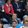 Le président Emmanuel Macron et la Première ministre du Royaume-Uni Theresa May assistent au match amical France - Angleterre au Stade de France le 13 juin 2017. © Cyril Moreau/Bestimage