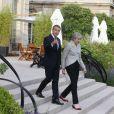 Le président de la République française Emmanuel Macron et la Première ministre britannique Theresa May lors d'une conférence de presse conjointe dans le jardin du palais de l'Elysée à Paris, le 13 juin 2017. © Nikola Kis Derdei/Bestimage