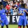 Ousmane Dembélé célèbre son but avec ses coéquipiers - Match de football amical France - Angleterre (3-2) au Stade de France , le 13 juin 2017. © Pierre Perusseau/Bestimage