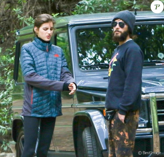 Exclusif - Jared Leto et sa supposée nouvelle petite amie, Valery Kaufman, en randonnée à Santa Barbara, le 23 mai 2017.