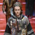 """Braison Cyrus (petit frère de Miley Cyrus) - Défilé """"Dolce & Gabbana"""", collection masculine printemps-été 2018 à Milan. Le 17 juin 2017."""