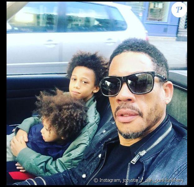 JoeyStarr en vadrouille avec ses fils Khalil et Marcello à Paris. Photo publiée sur Instagram le 2 juillet 2017.