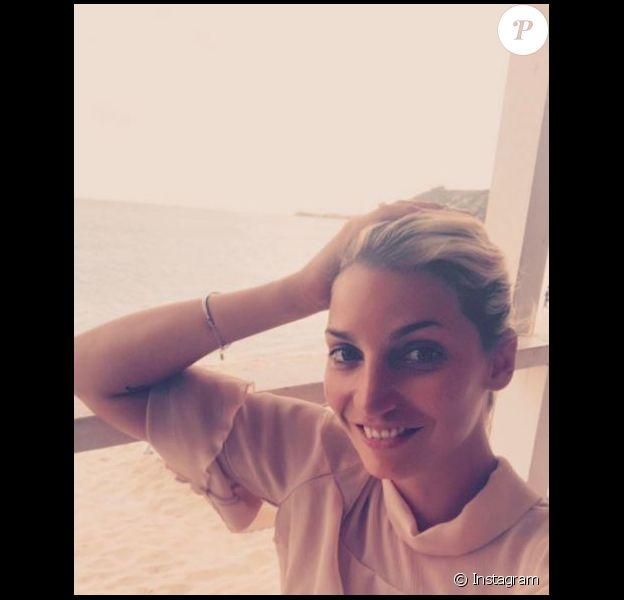 Nadège Lacroix s'est dévoilée entièrement nue sur Instagram, en réponse aux critiques des internautes.