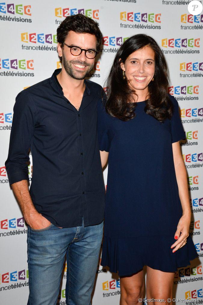 Thomas isle et sa femme carole tolila lors du photocall de - Raphael de casabianca en couple ...