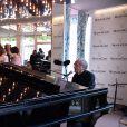 """Semi-Exclusif - Michel Legrand durant l'ouverture de l'espace """"Mouton Cadet Wine Bar"""" sur le toit du Palais des Festivals pour la durée du 70ème Festival International du Film de Cannes. Pour l'occasion, Mouton Cadet a invité le célébre pianiste compositeur Michel Legrand à se produire accompagné par son bassiste et son batteur. Plus d'une heure de bonheur partagé entre jazz et musiques de films pour les quelques priviligiés présents sur la terrasse. Cannes, le 18 mai 2017. © Bruno Bebert/Bestimage"""