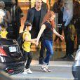 Exclusif -  Les jumeaux de Céline Dion, Eddy et Nelson, font du shopping aux Galeries Lafayette accompagnés de leur tante Linda, de leur baby-sitter, de deux gardes du corps et d'un chauffeur à Paris le 5 juillet 2017.