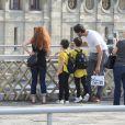 Exclusif -  Les jumeaux de Céline Dion, Eddy et Nelson, font du shopping aux Galeries Lafayette accompagnés de leur tante Linda, de leur baby-sitter, de deux gardes du corps et d'un chauffeur à Paris, le 5 juillet 2017.