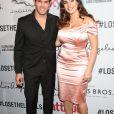 Kelly Brook et son fiancé Jeremy Parisi à la soirée Attitude Awards 2016 à Londres, le 9 octobre 2016.
