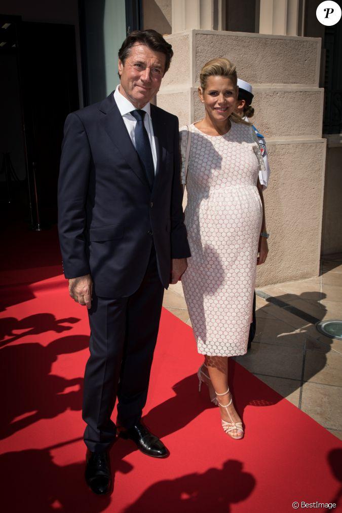 Le maire de nice christian estrosi sa femme laura tenoudji enceinte le pr sident de la - Laura du web salaire ...