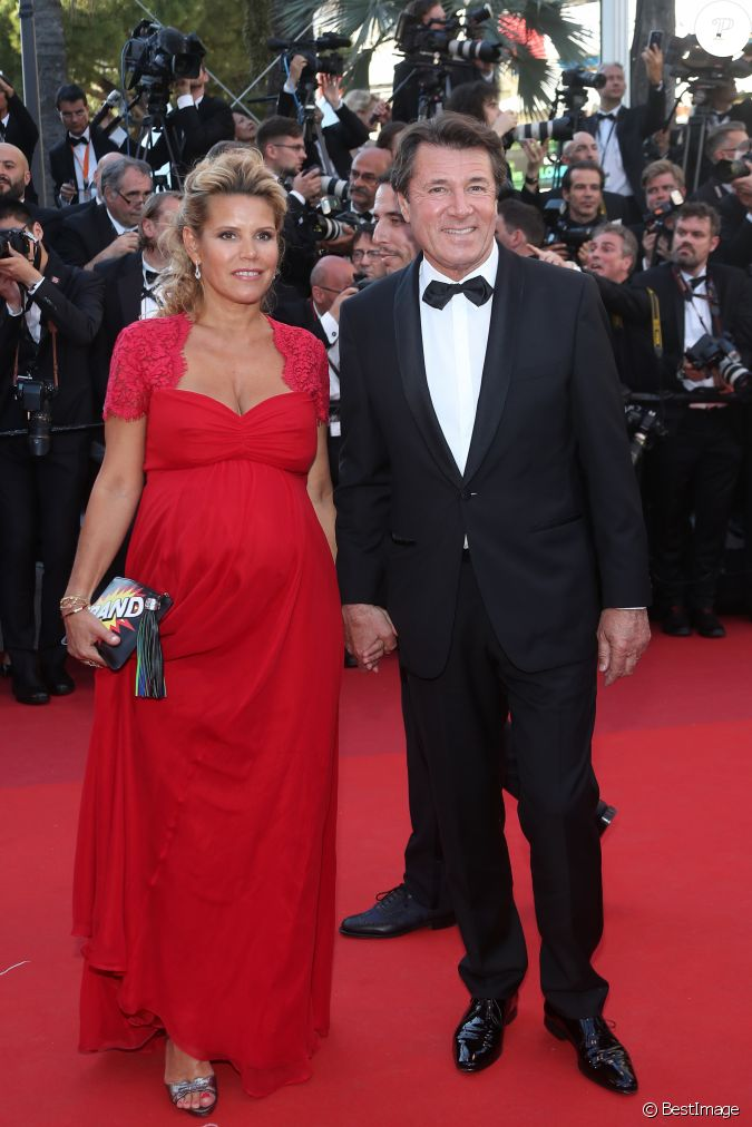 christian estrosi et sa femme laura tenoudji enceinte mont e des marches du film les. Black Bedroom Furniture Sets. Home Design Ideas